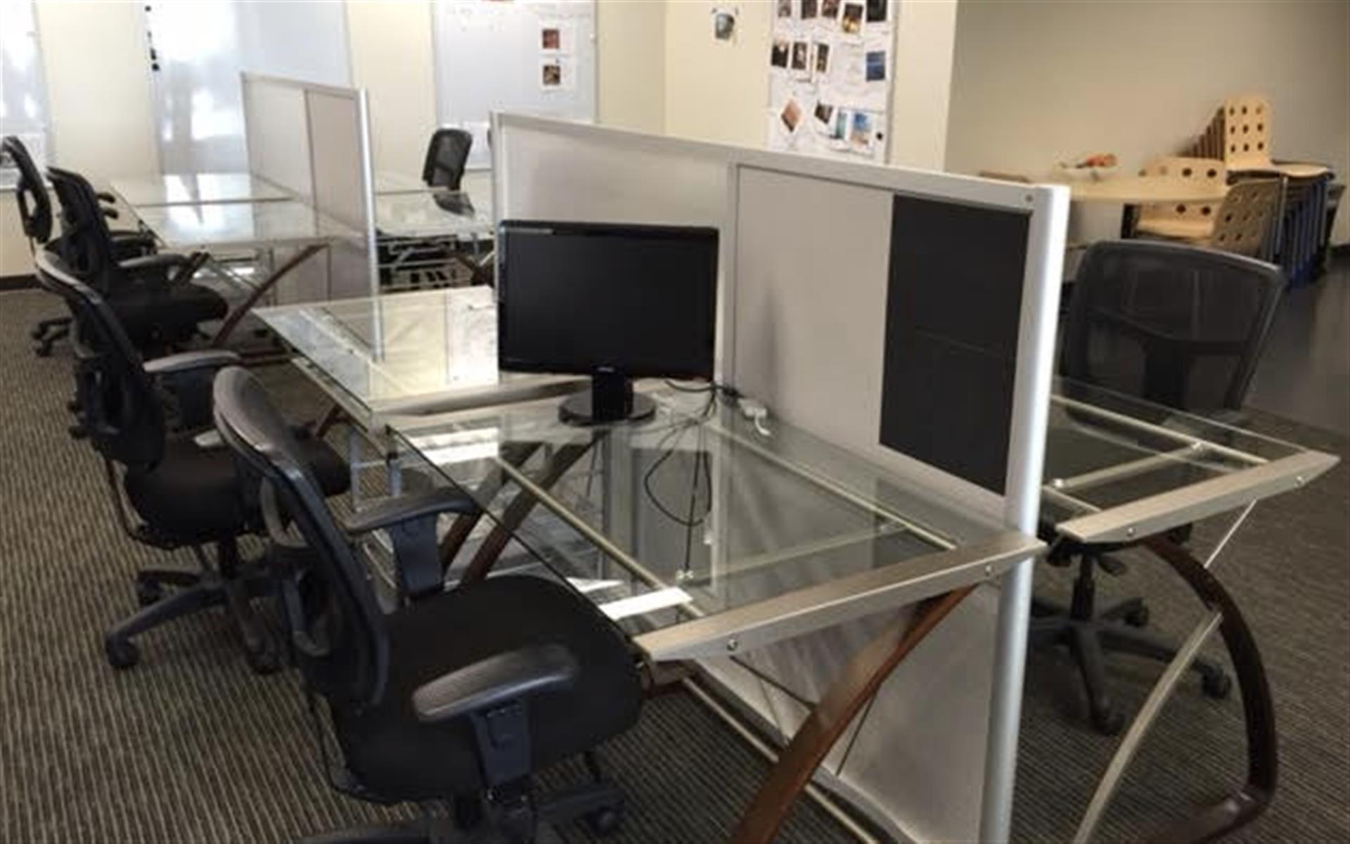 Groove Engage - Dedicated Desk