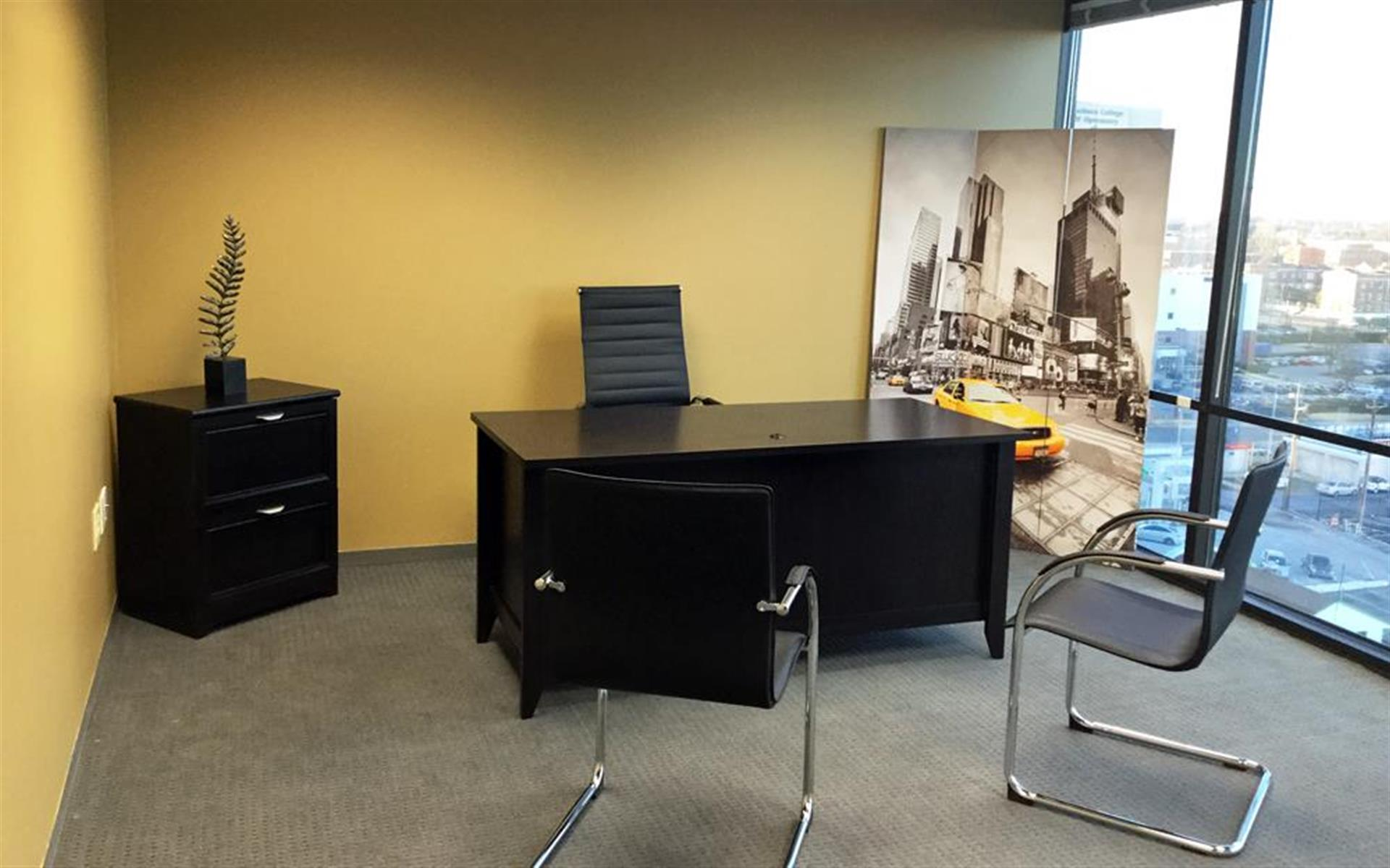 Union Centre Executive Offices - Private office