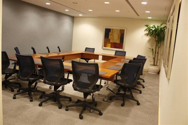 Carr Workplaces - Old Town - Madison Room