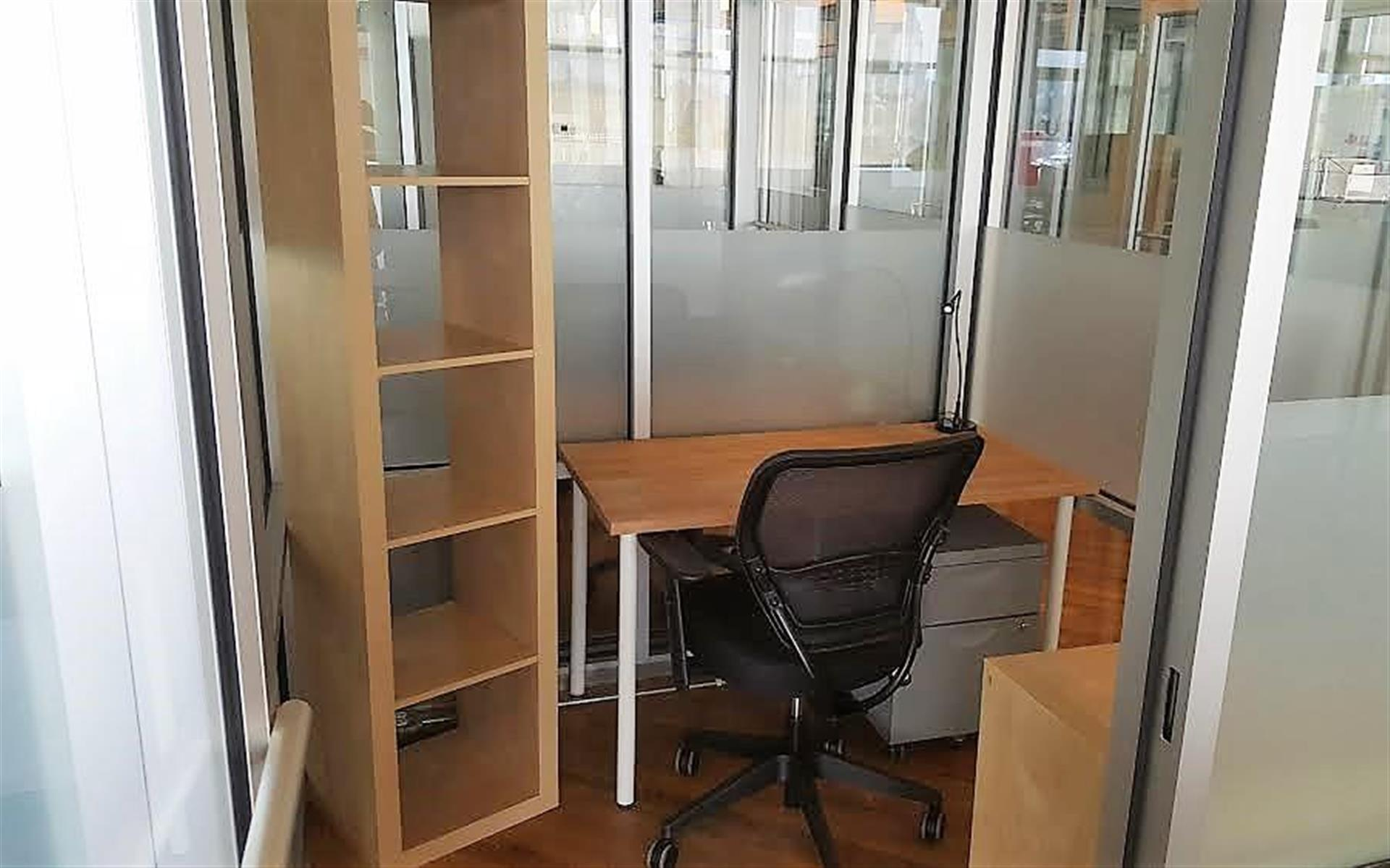 Green Desk - 240 Kent Ave - Private Office for 1