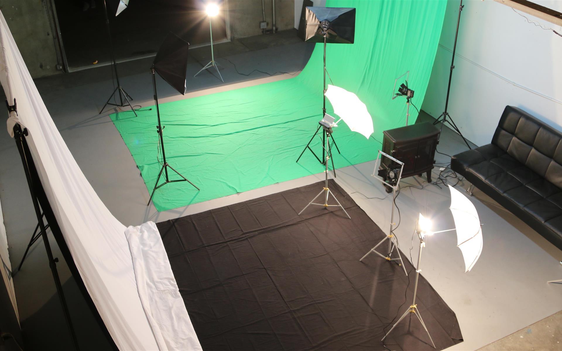 Phat Studios - Colton CA - Phat Studio's- Photo/Video Studio
