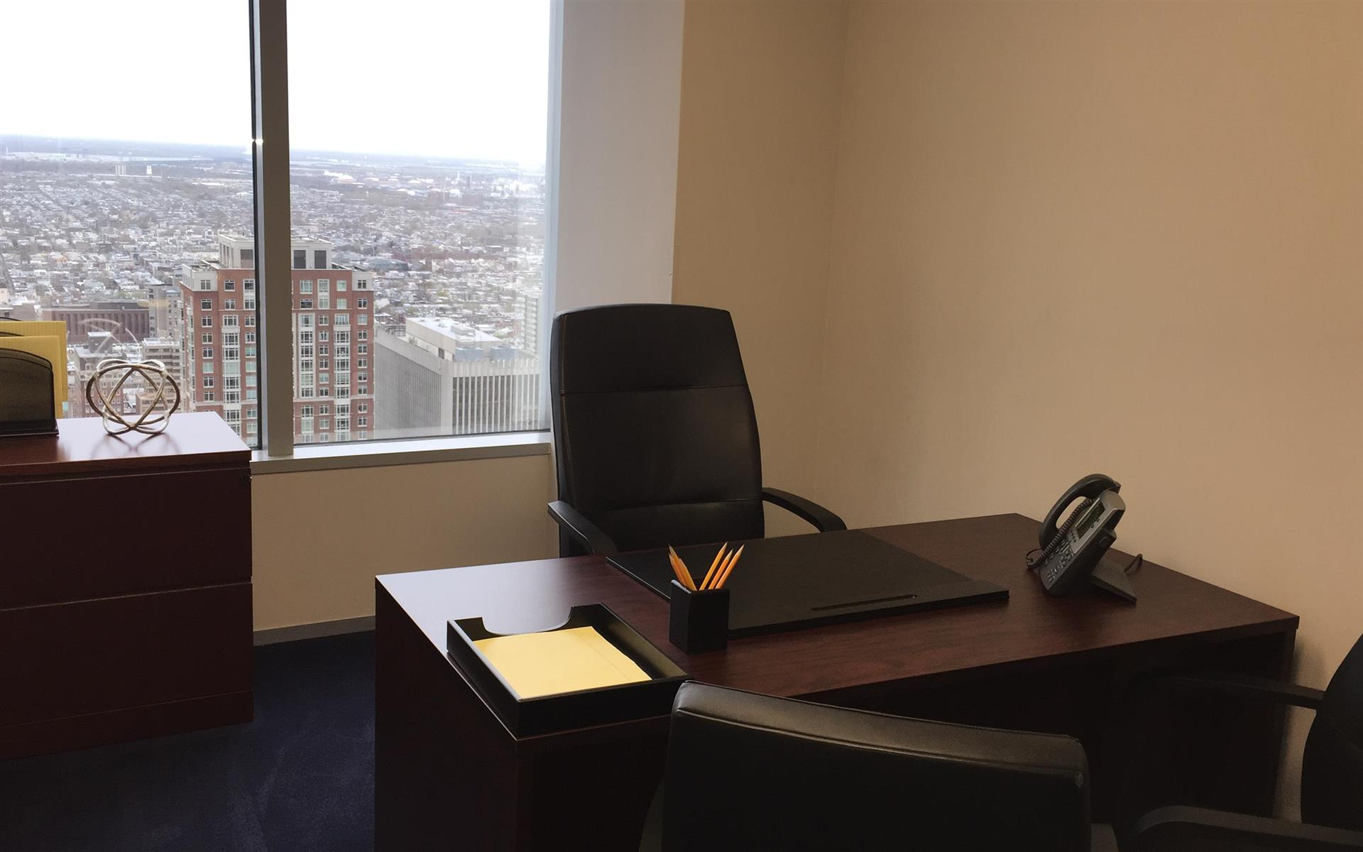 Servcorp - Philadelphia BNY Mellon Center - Private Office with Views
