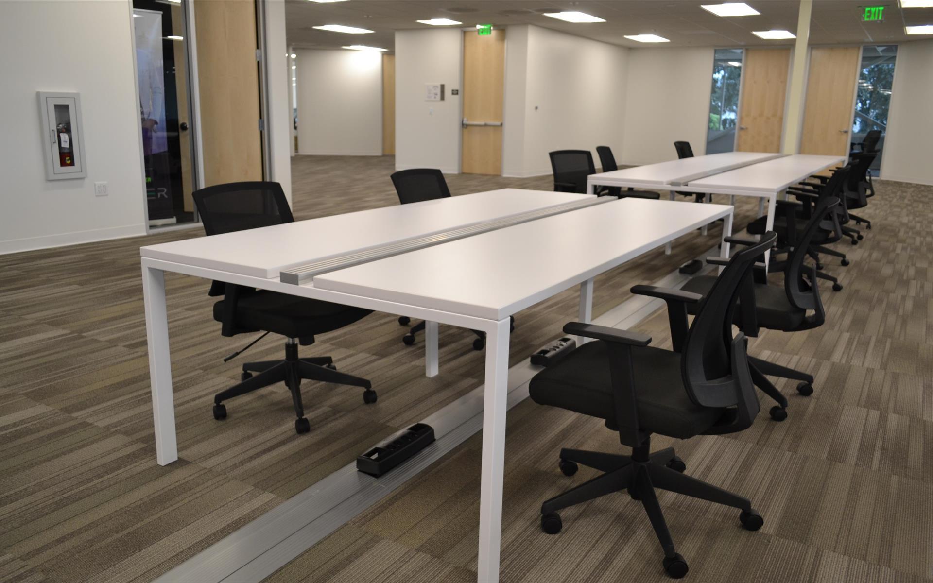 RobotX Space - Open Desk 1