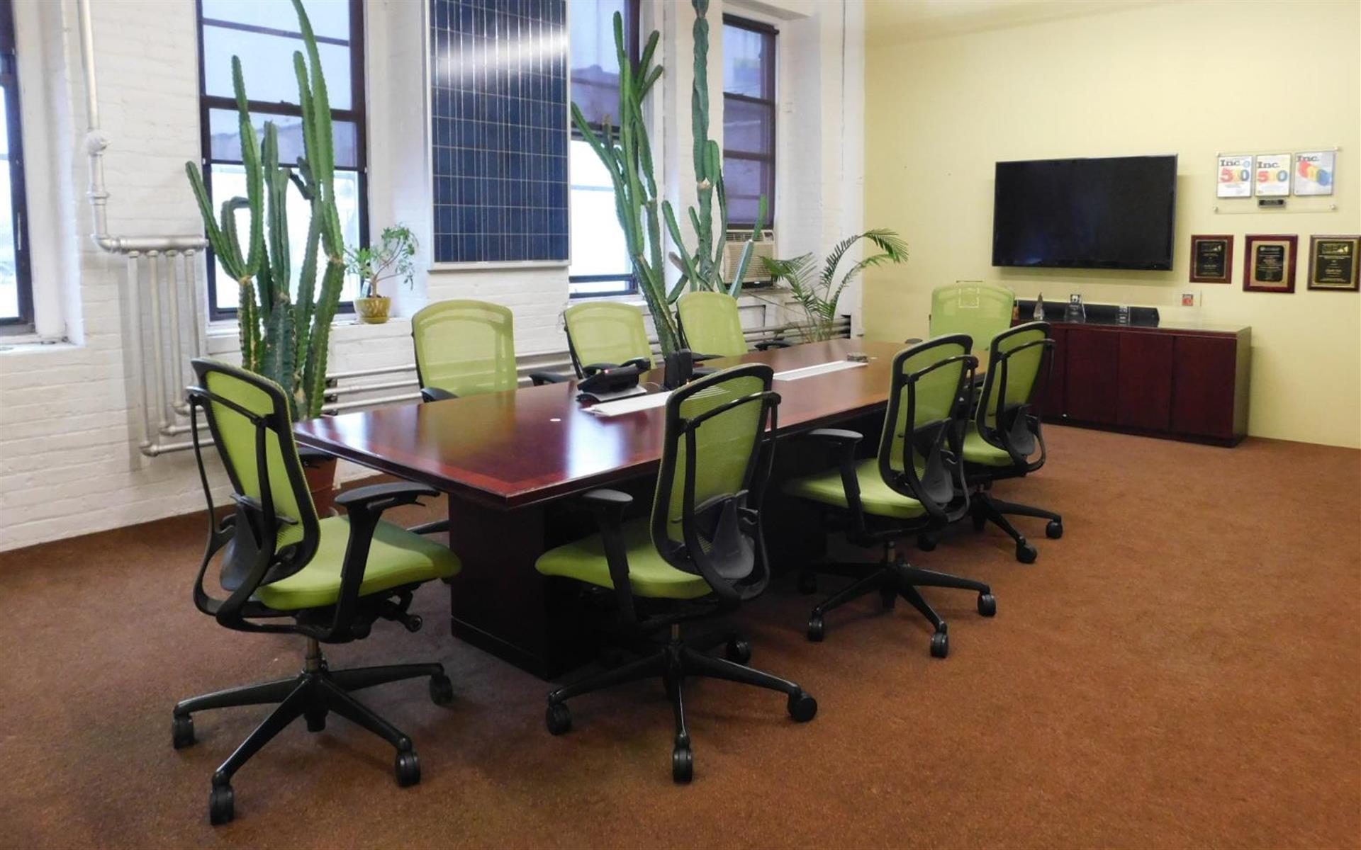 Dedicated Desks- Bronx - Team Space