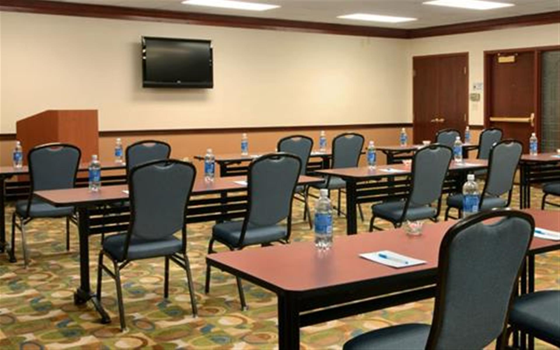 Hyatt House Morristown - The Gathering Room