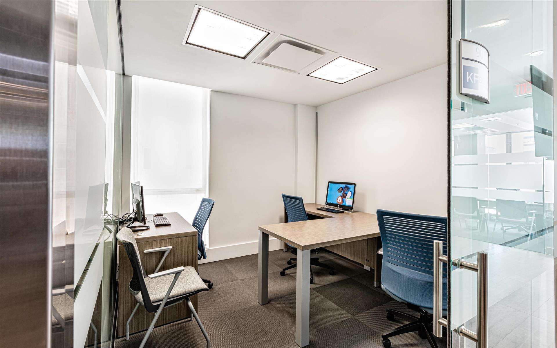 StartHub Miami - Private Office