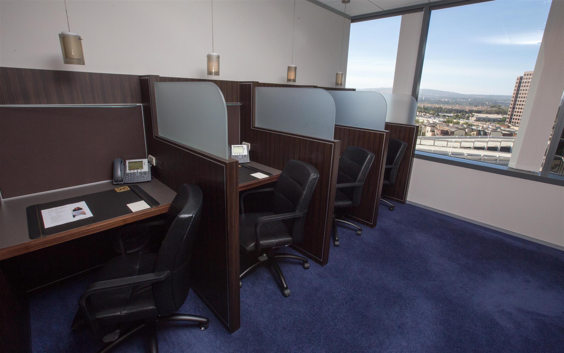 Servcorp - Orange County - Coworking Lounge Workspace 2