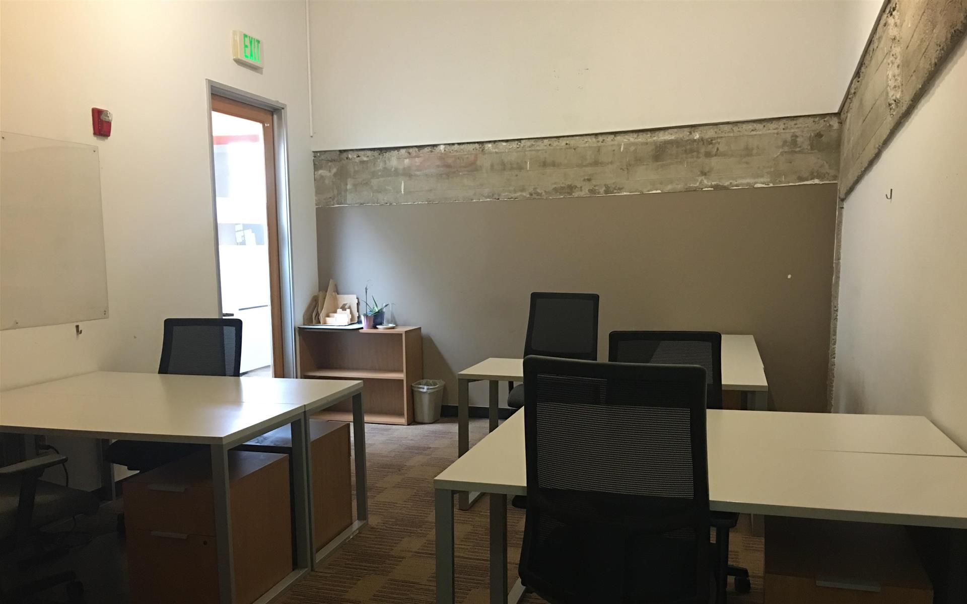 NextSpace LA (Culver City) - Office with 2 entrances
