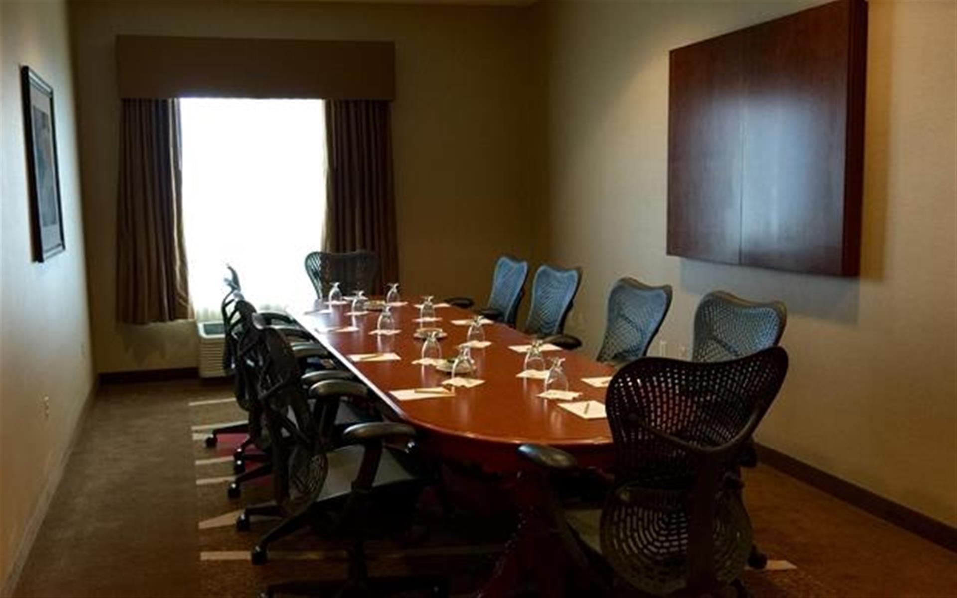 Hilton Garden Inn Gilroy - Executive Boardroom