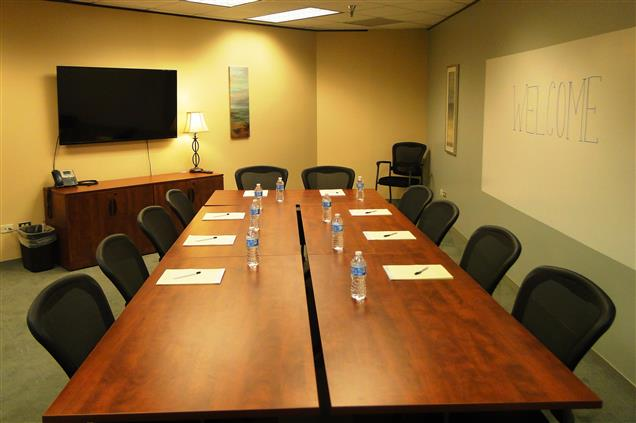 Boardroom Workplaces - Cherry Creek - Four Corners-Conf Rm (10 ppl)