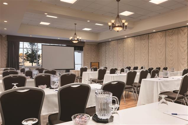 Hilton Garden Inn Auburn Riverwatch - Mill Pond Room