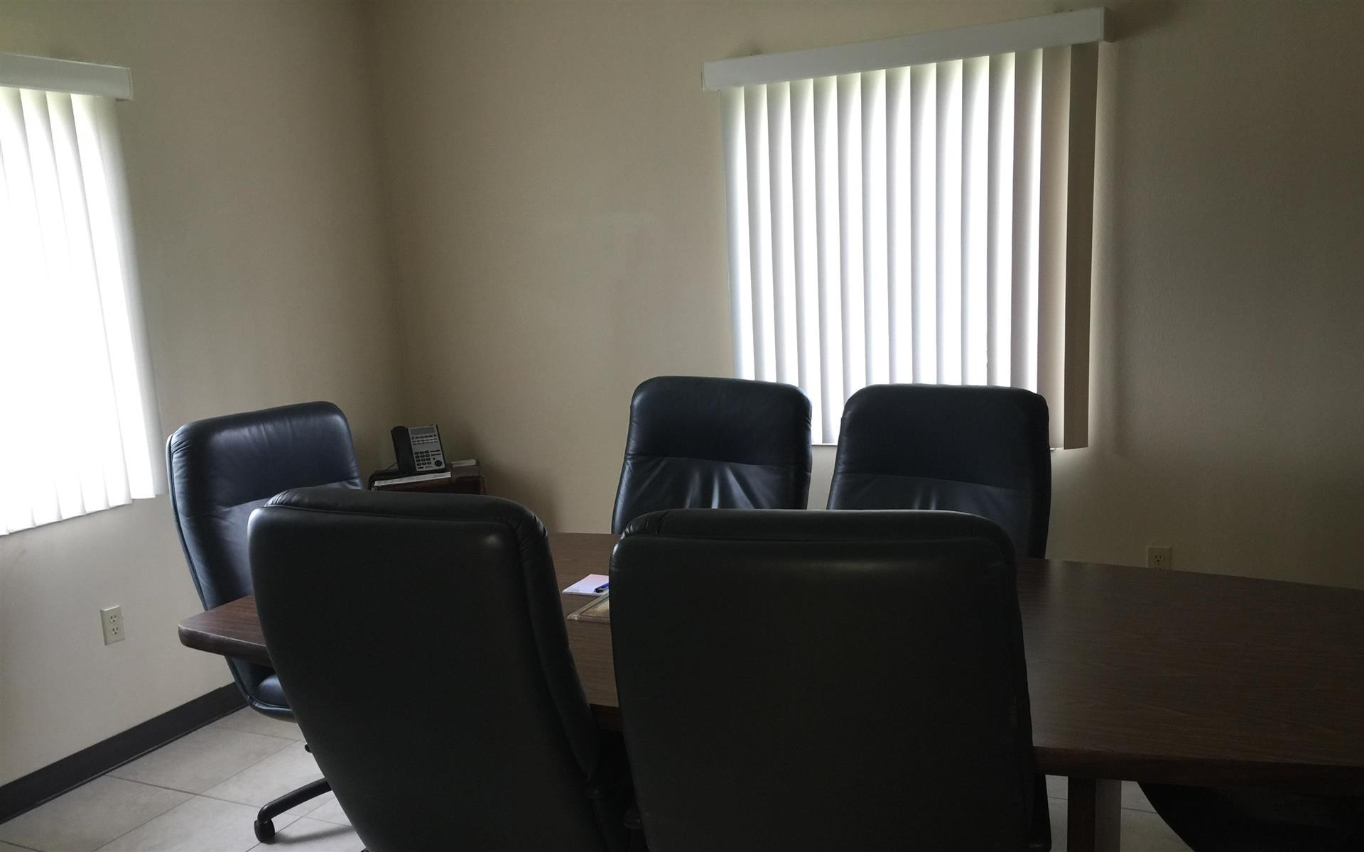 Spaulding Decon - Monthly & Hourly Space - Private Conference room