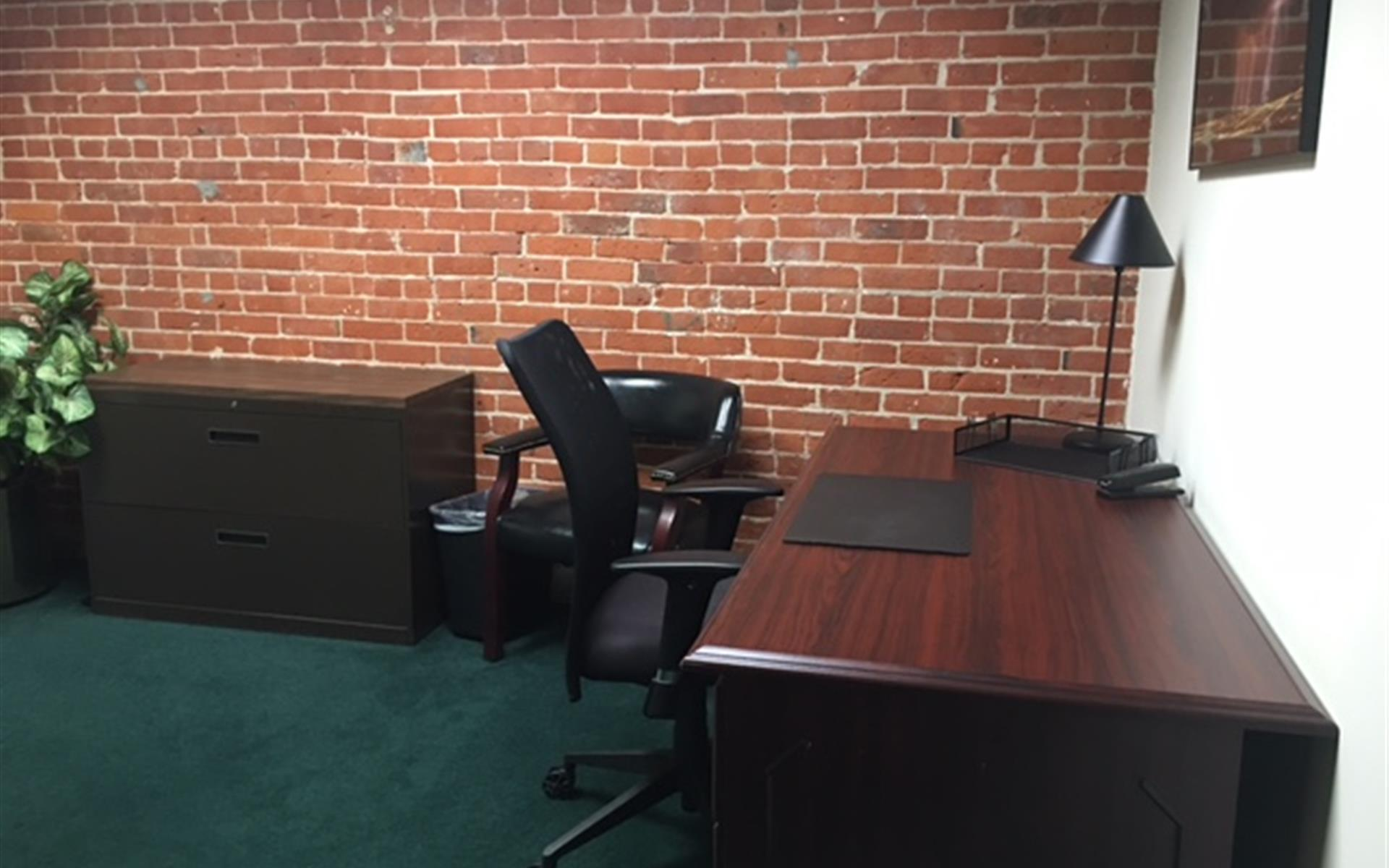 BLT Business Centers - The Day Office 2