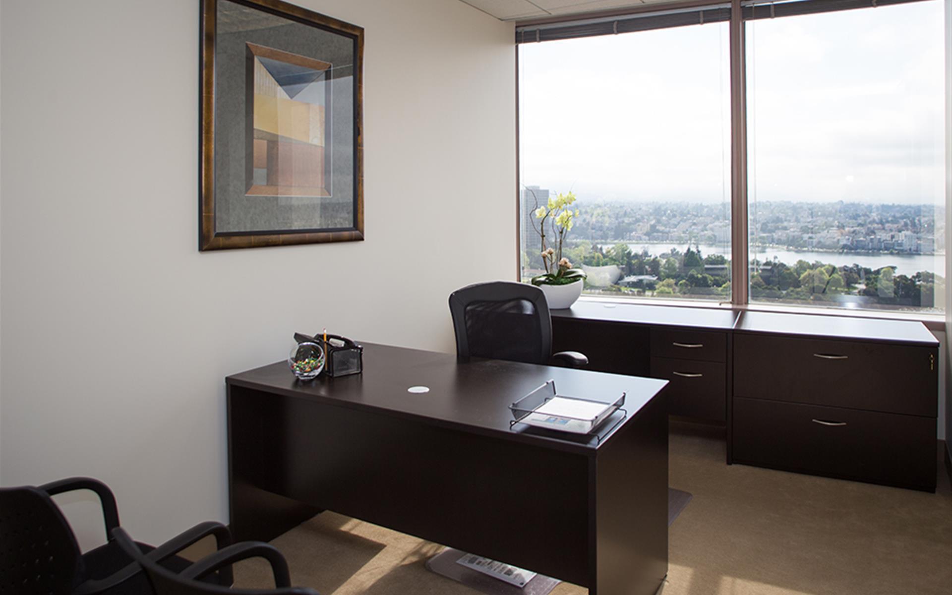 (OAK) Lake Merritt Plaza - Exterior Office