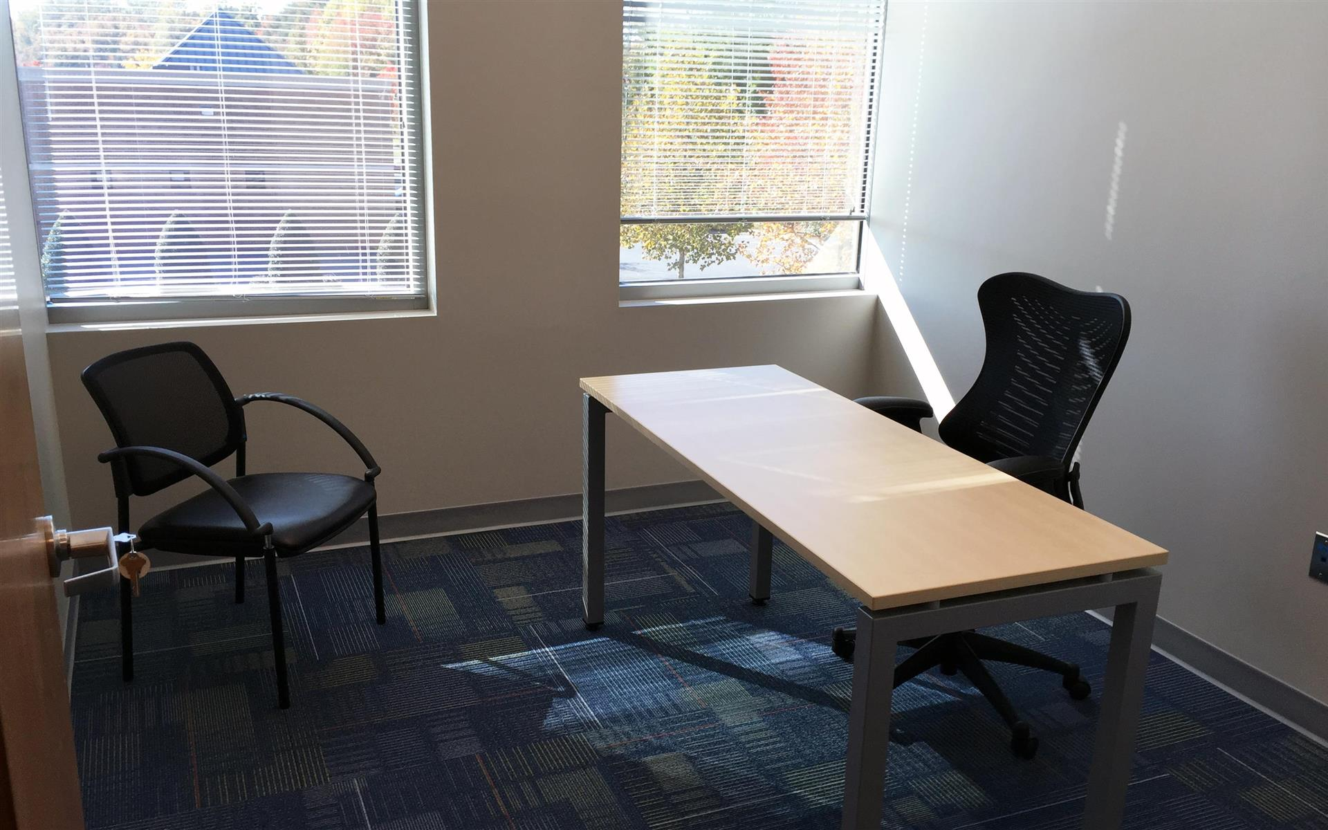 Launch Workplaces Edgewater - Virtual Office 1