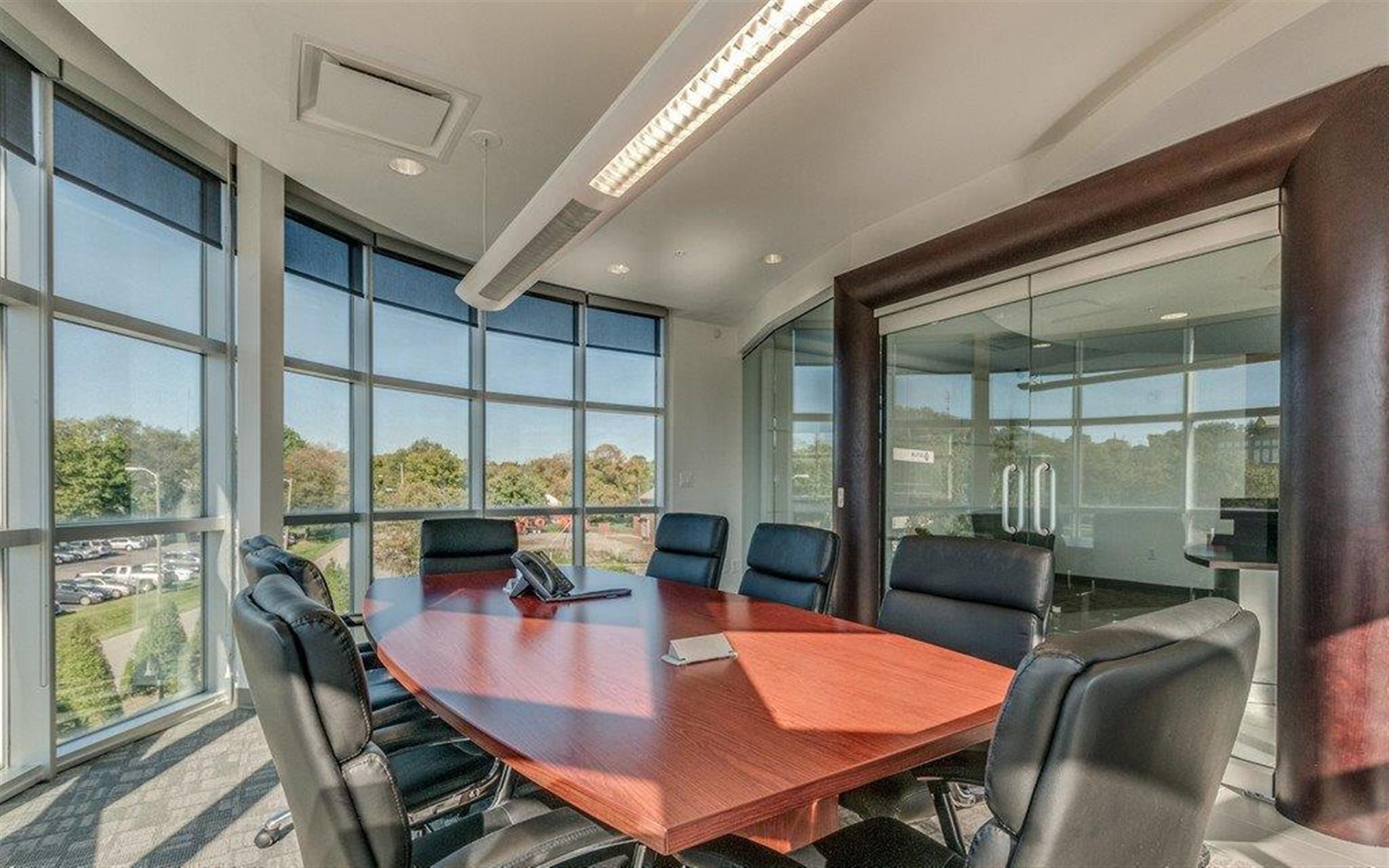 Green Hills Office Suites - Large Meeting Room