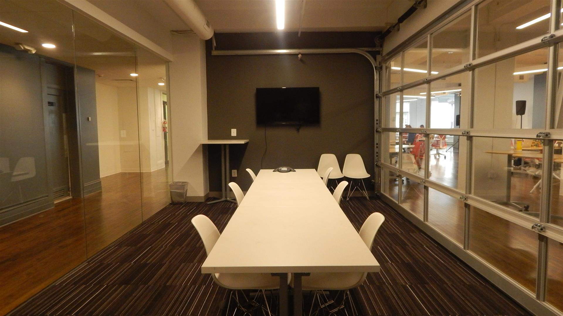 Impact Hub DC - Caracas Meeting Room