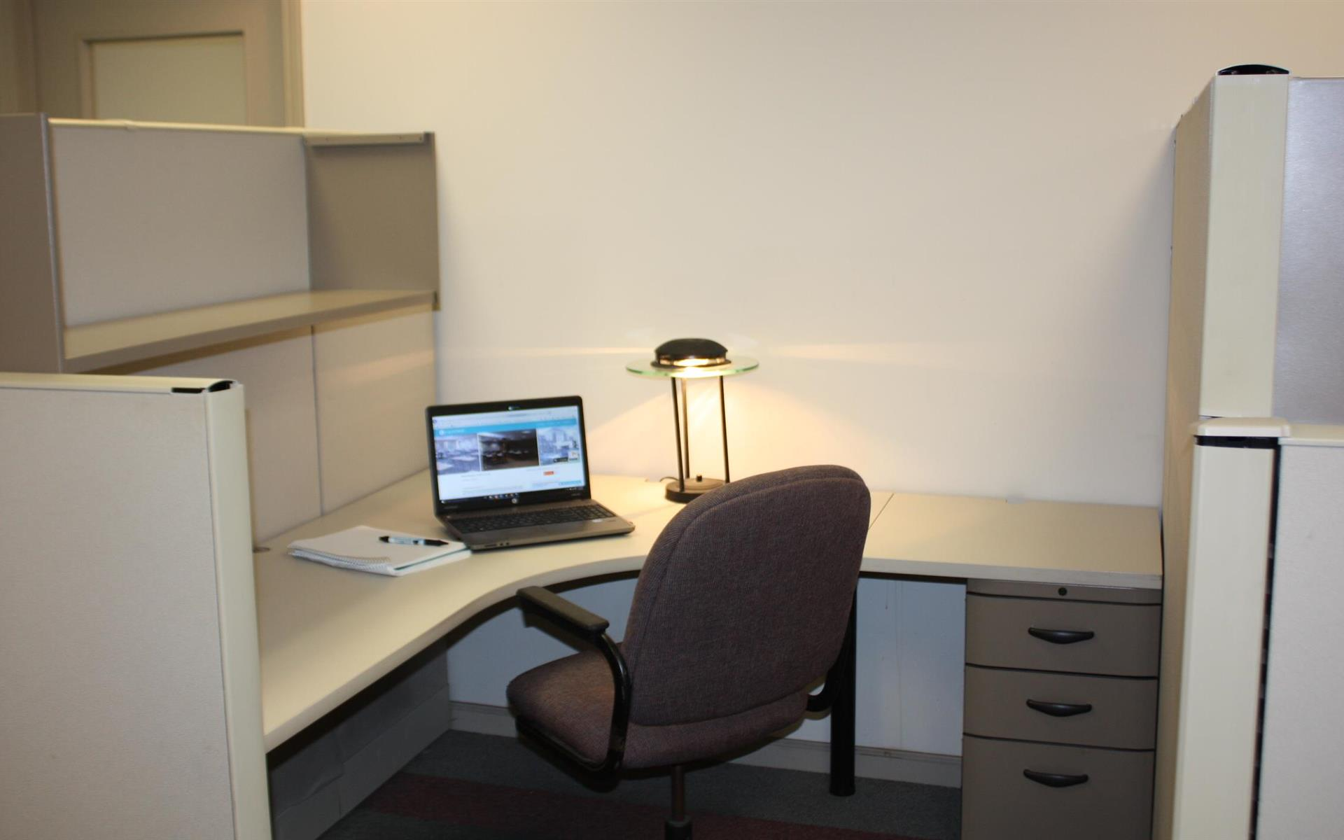Offices and Coworking in Central NJ - Metuchen, NJ - Private Desk in Collaborative Setting
