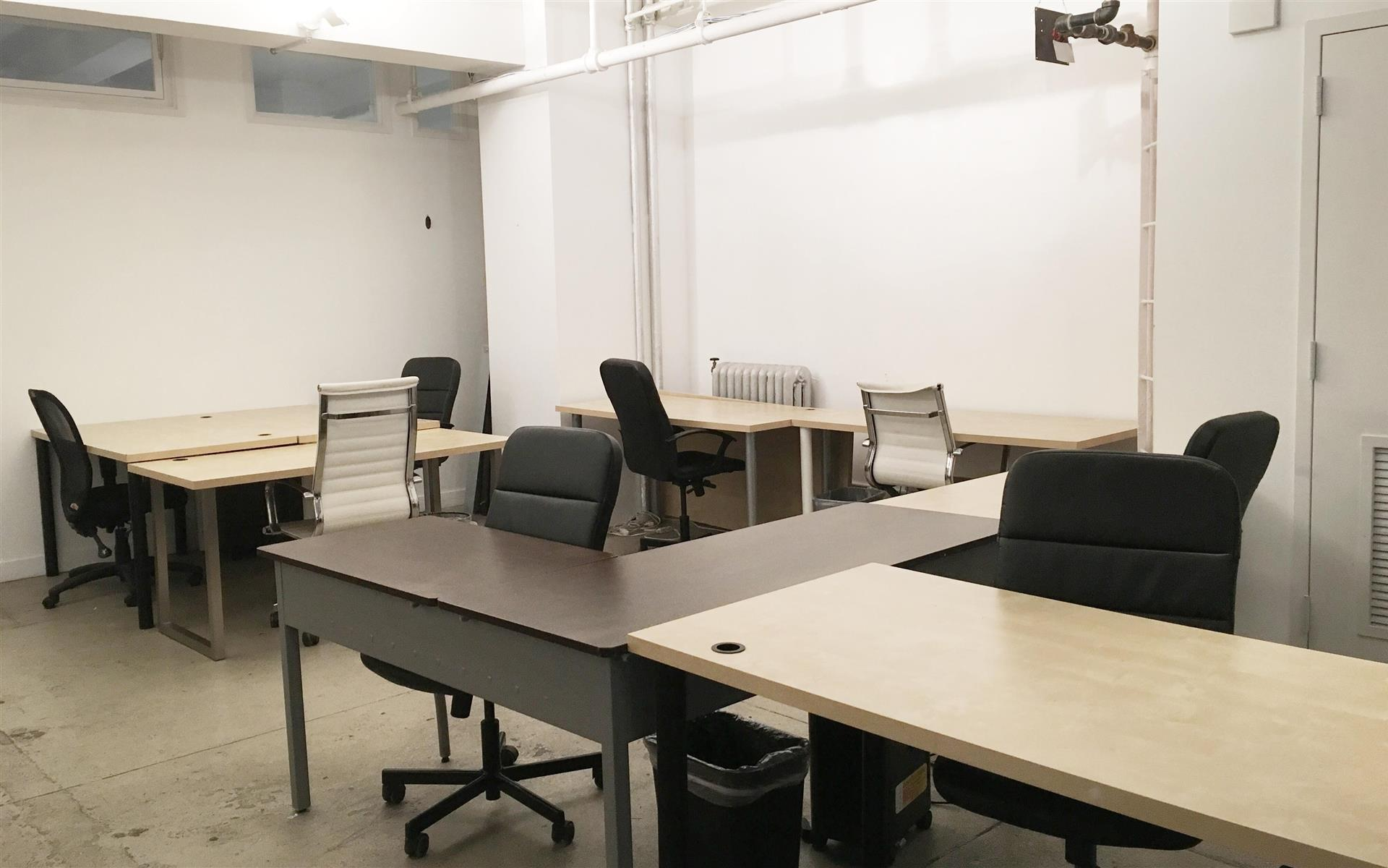 Apploi - Team Office - Amazing Midtown Open Space
