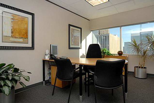 YourOffice-Denver - Day Office