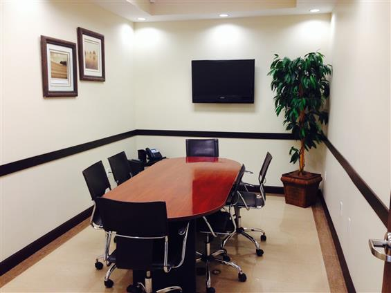 Hampton Business Center - Meeting Room