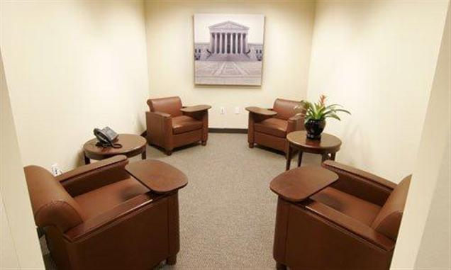 Metro Offices - Fairfax - Business Lounge