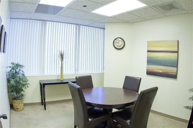 Beach Business Center - Small Meeting Room