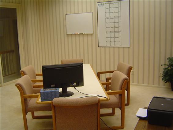 Veel Hoeden- Where ManyHats Meet - Green Room: Conference Room