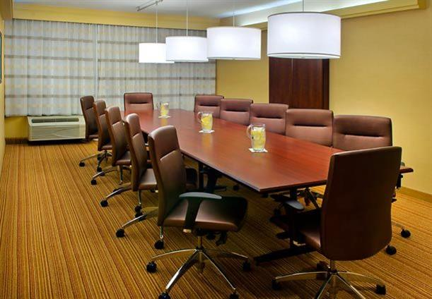 Courtyard Jersey City Newport - Conference Room