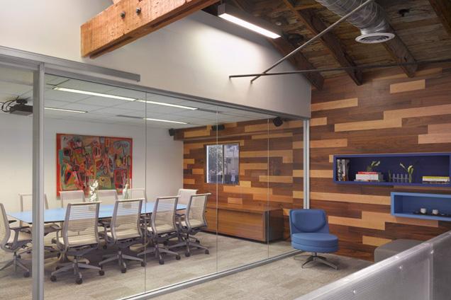 BLANKSPACES Los Angeles - Medium Conference Room