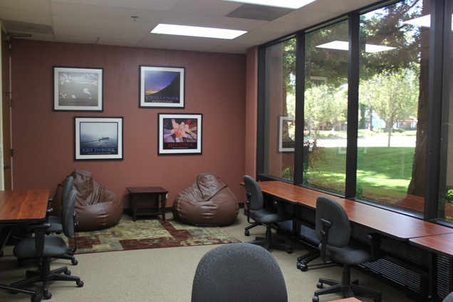 Pacific Workplaces - Cupertino - The Coworking Corner