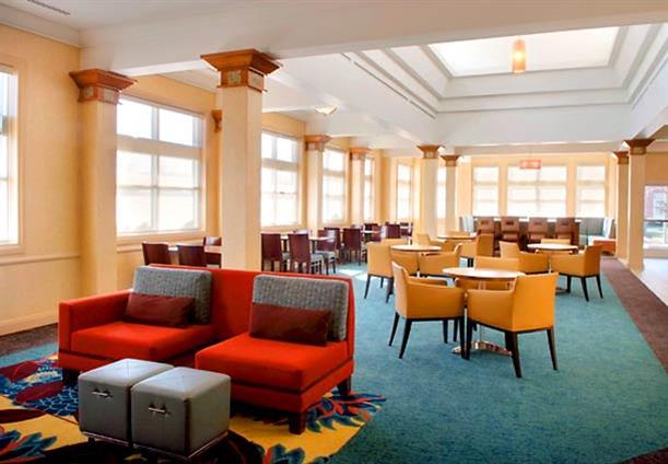 Residence Inn Newark Elizabeth/Liberty Intl Airport - Lobby Pods