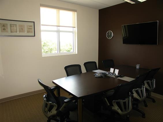 Hampton Business Center - Pines - Meeting Room